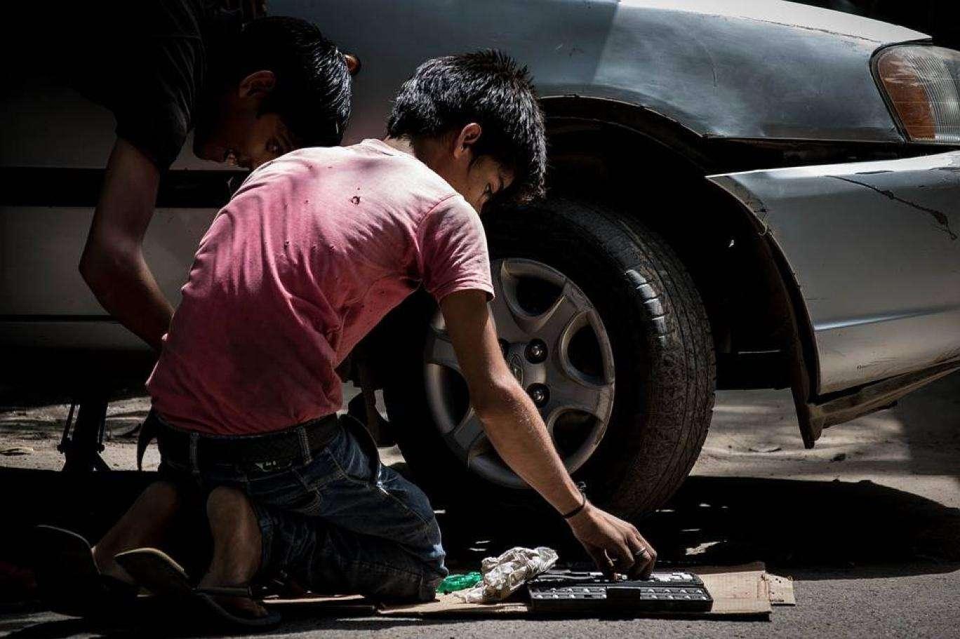 رَهَق الصغار: ظروف قاسية لعمالة أطفال سوريا في الأردن