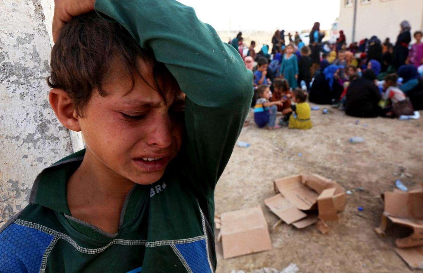 Des milices sunnites irakiennes « recrutent des enfants réfugiés pour se battre contre l'EI »