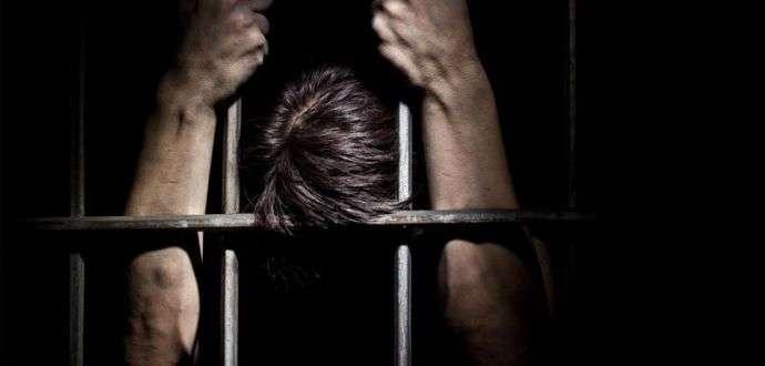 اليمن: الأورومتوسطي يحذر من مخاطر التدهور الأمني وقمع محتجزين في سجن تشرف عليه الإمارات