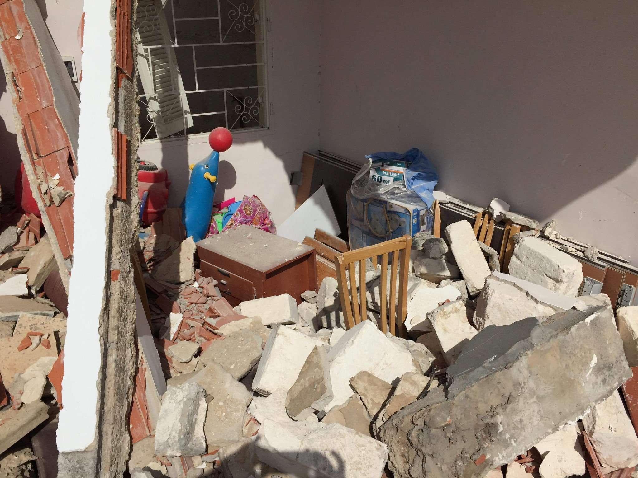 عقب مقتل 3 طفلات بغارة على منزلهم.. الأورومتوسطي: المجتمع الدولي مسؤول عن استمرار جرائم الحرب في ليبيا