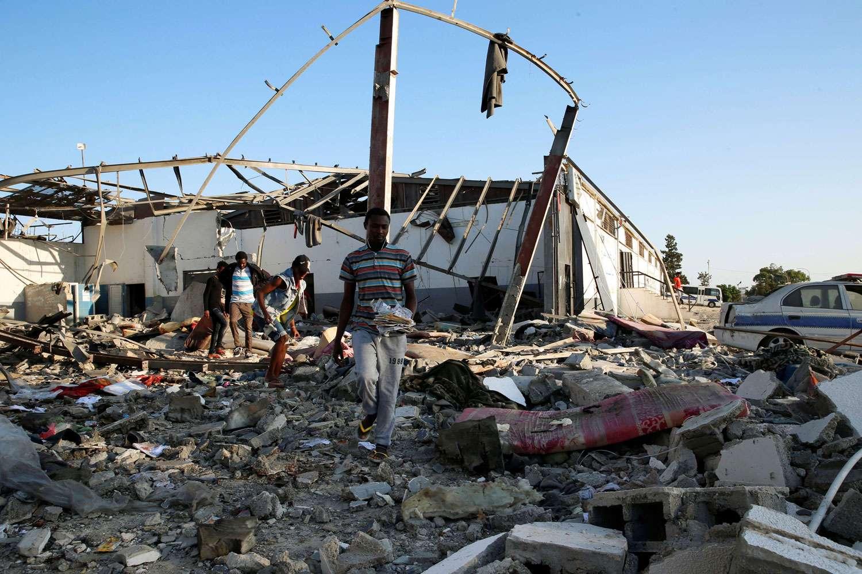 """مع ظهور أدلة جديدة تشير لتورّط طائرة حربية تابعة لدولة أجنبية بشنّ الهجوم.. الأورومتوسطي: """"الجنائية الدولية"""" مطالبة بفتح تحقيق بهجوم مروع استهدف مهاجرين في ليبيا"""