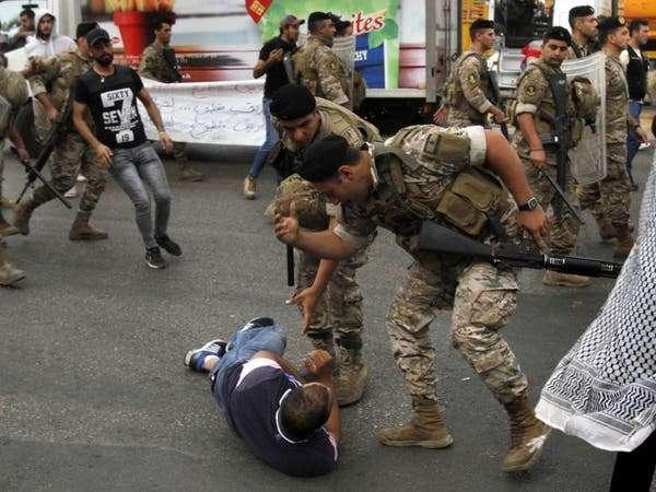 الأورومتوسطي يدعو لإطلاق سراح محتجّين وحماية التظاهرات السلمية في لبنان