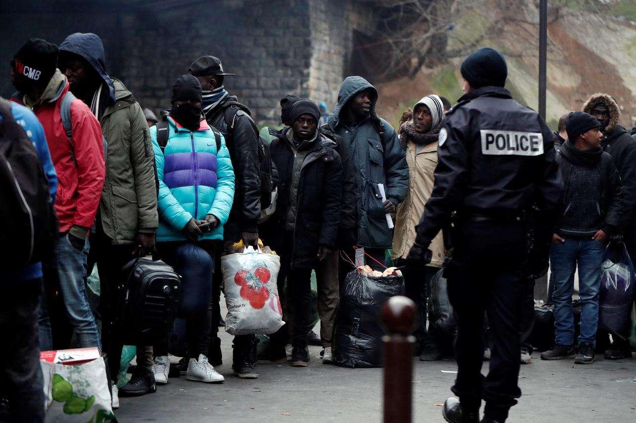 Euro-Med préoccupé par les nouvelles politiques françaises ciblant les réfugiés et les migrants