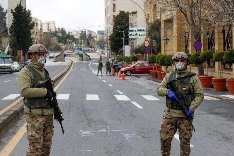 الأردن: قرارات حكومية تشجع التعدي على حقوق العمال بذريعة أزمة كورونا