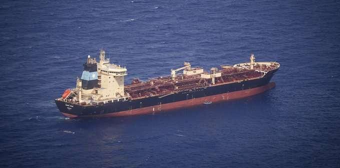 مالطا: يتوجب السماح لـ 27 طالب لجوء بالنزول من سفينة شحن عالقة منذ 23 يومًا