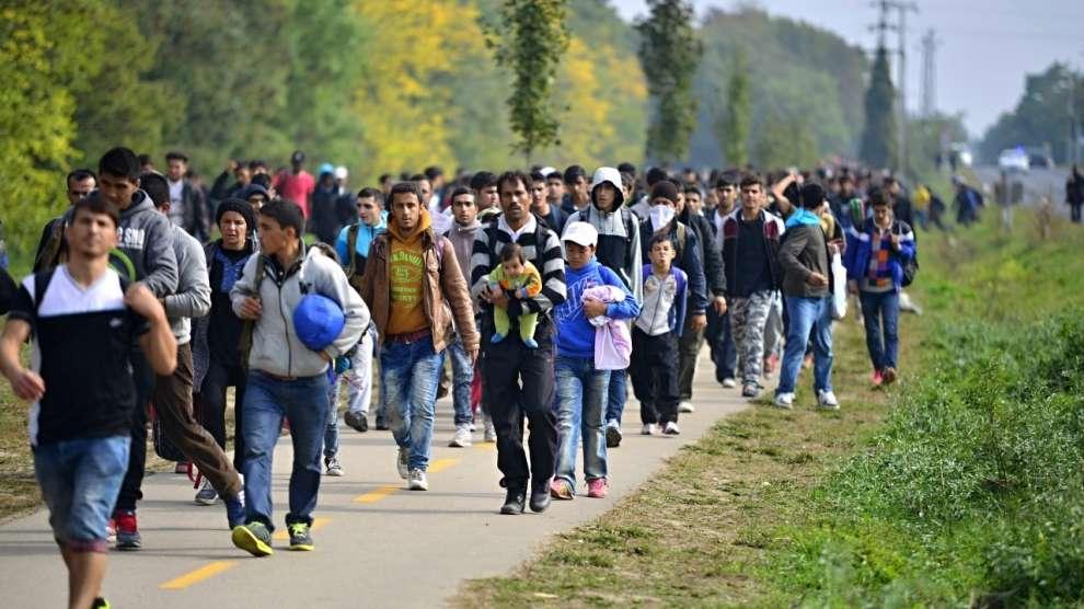 L'Albanie devrait mettre fin à la souffrance des réfugiés face à la faim et à la violence