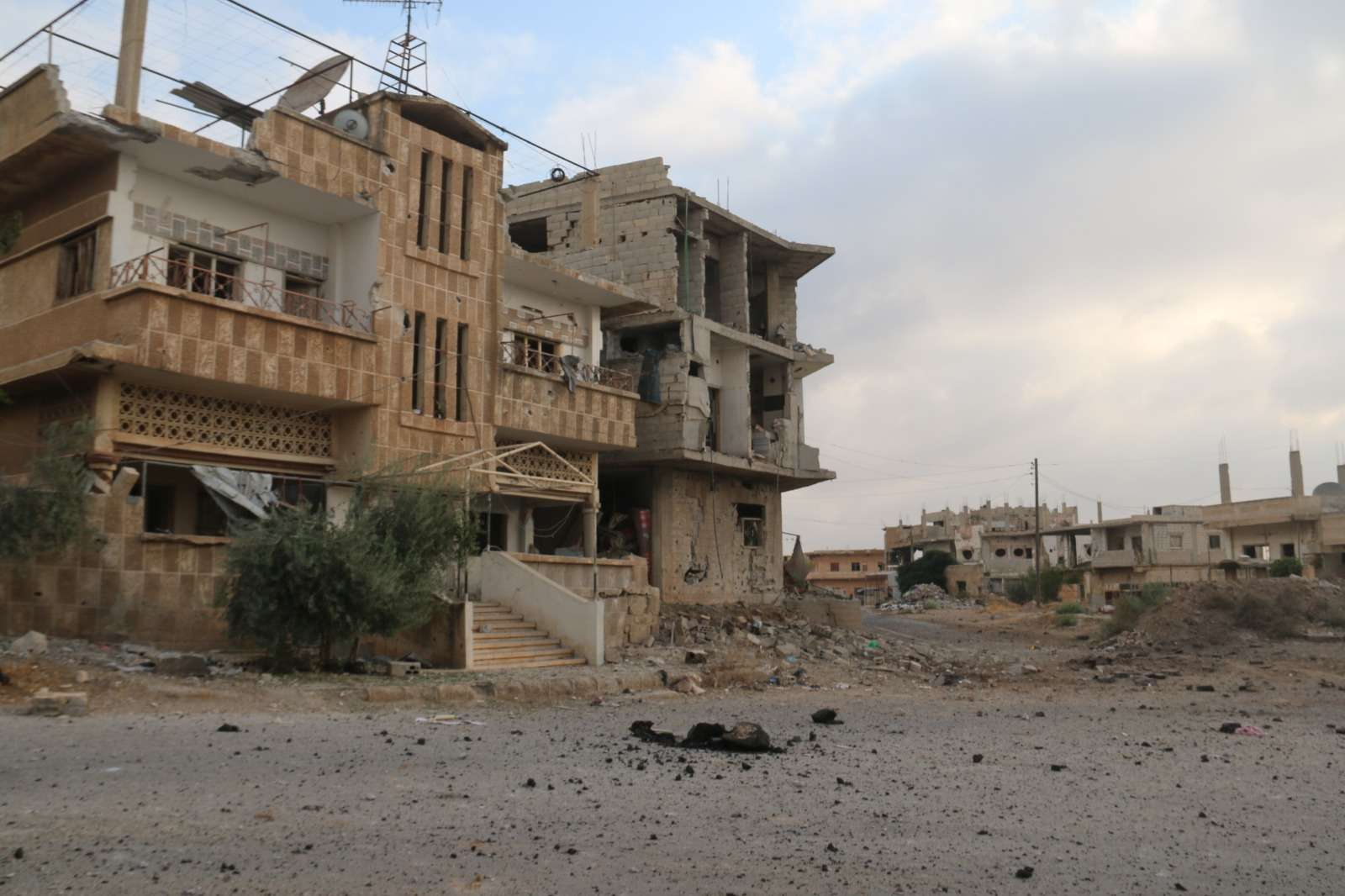 Syria: Humanitarian crisis deepens as government forces escalate attacks on Daraa