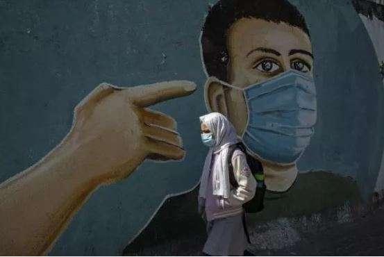 إسرائيل تتحمل مسؤولية قانونية وأخلاقية عن تطعيم الفلسطينيين