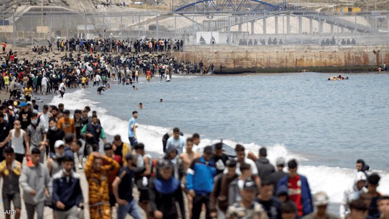 العنف والطرد الجماعي لطالبي اللجوء يفاقمان الأزمة الإنسانية في سبتة