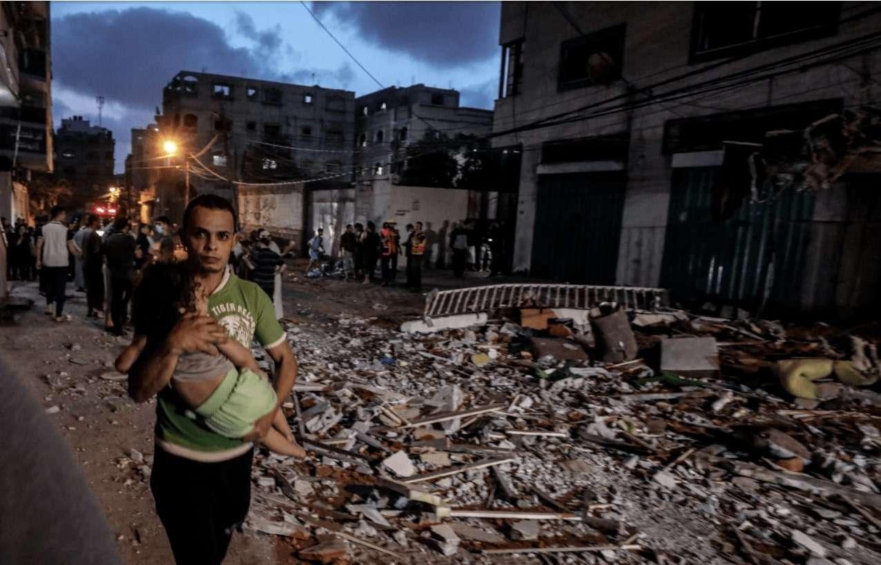 استهداف إسرائيل للمنازل والأعيان المدنية عقاب جماعي للسكان في غزة