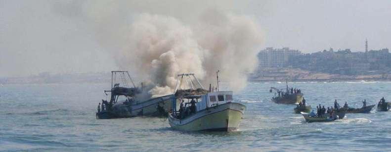 اعتقال صيادين واحتجاز حسكتي صيد قرابة شواطئ غزة