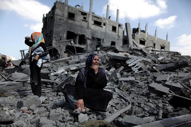 """""""Ecraser les Fleurs"""": Un rapport qui documente des violations des droits humains contre les femmes palestiniennes"""