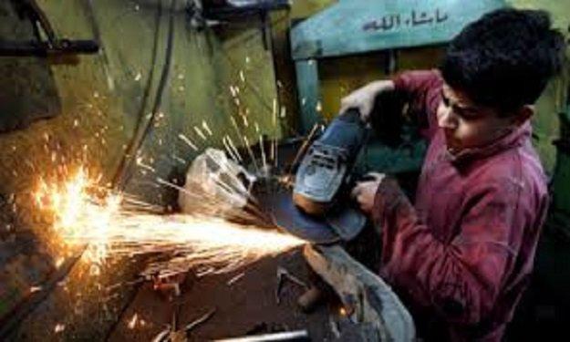 85 مليون طفل يمارسون أعمالا خطرة