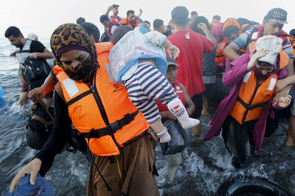Mediterranean Migrant Arrivals in 2016: 230,885; Deaths: 2,920