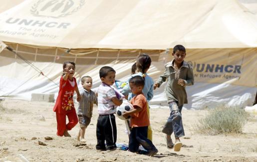 تحذير من انقطاع 4 آلاف لاجئ سوري عن مقاعد الدراسة